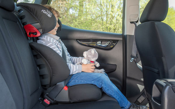 Britax-Romer-Discovery-Sl-lifestyle